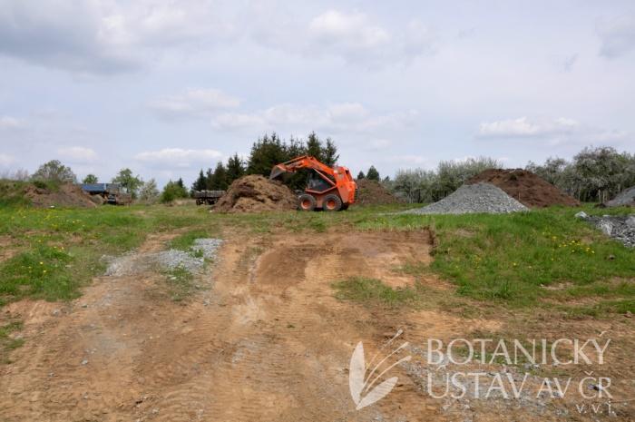 Stavba hadcové skalky (5)